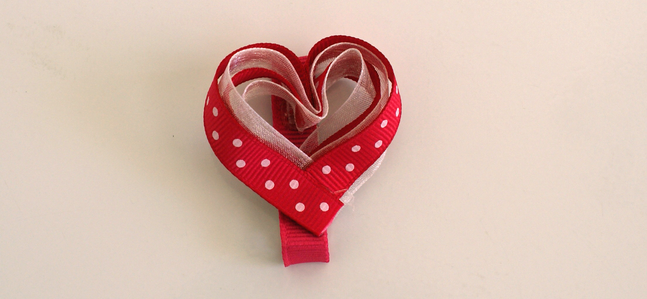 It's just a picture of Refreshing Hearts With Bows
