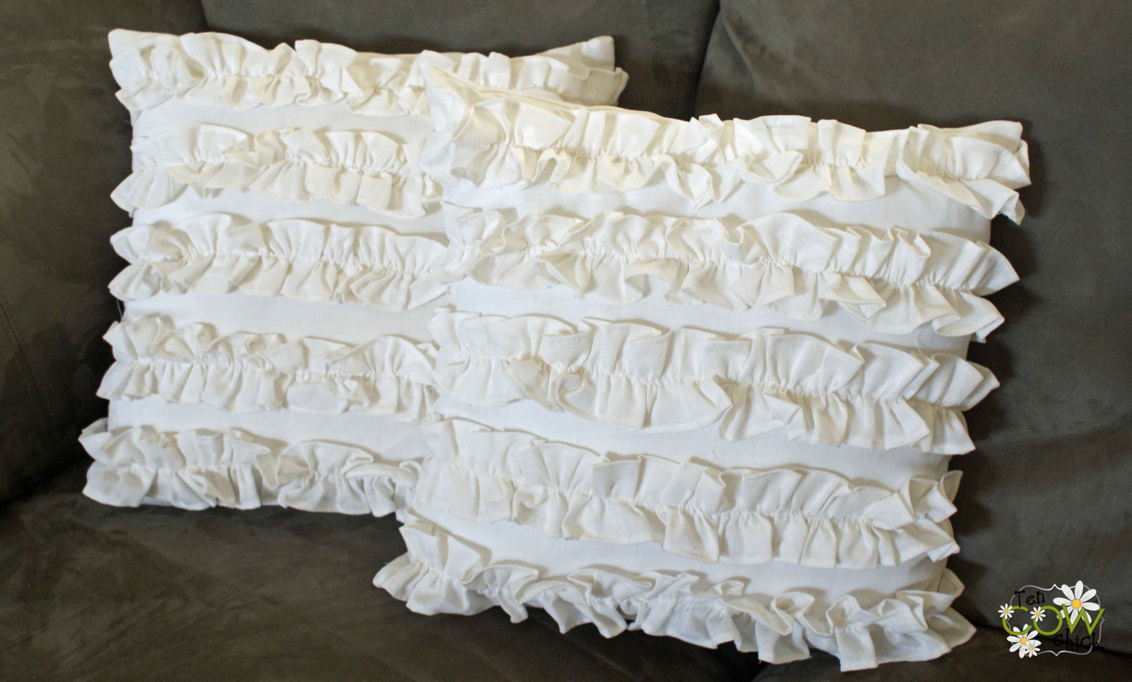 How To Make A Throw Pillow With Ruffle : Ruffle Pillows